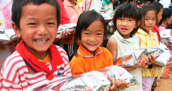 gracias-a-nu-skin-100mil-ninos-reciben-comida-a-diario