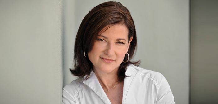 Lori Bush es nombrada nueva presidenta de la Junta de Directores de Avon
