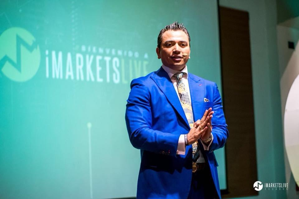 Iván Tapia en un evento de iMarketsLive