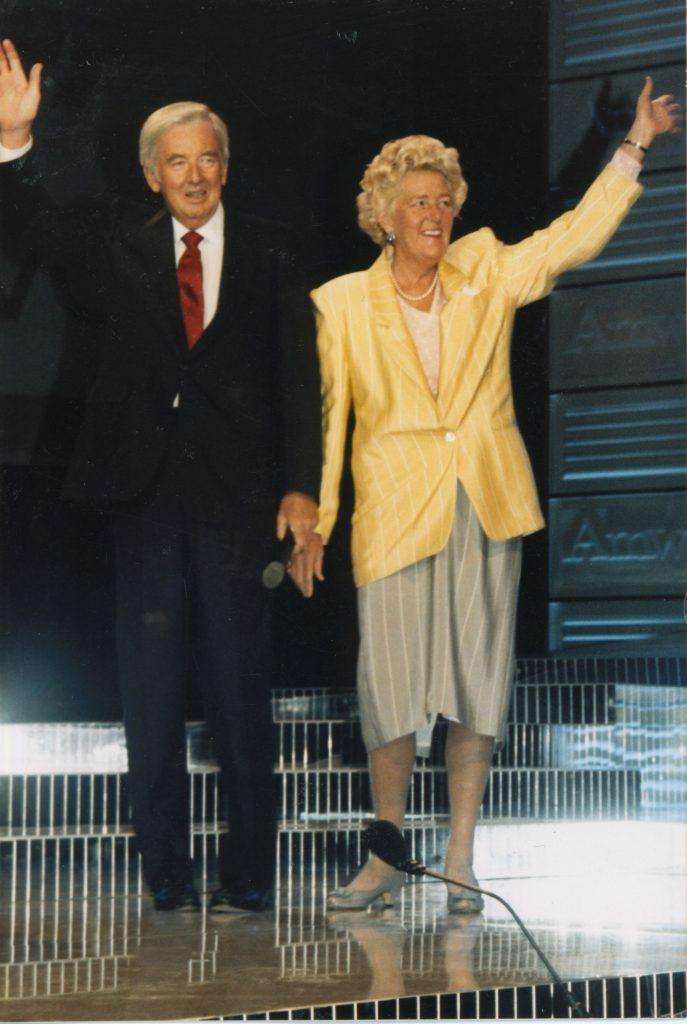 Betty y Jay Van Andel