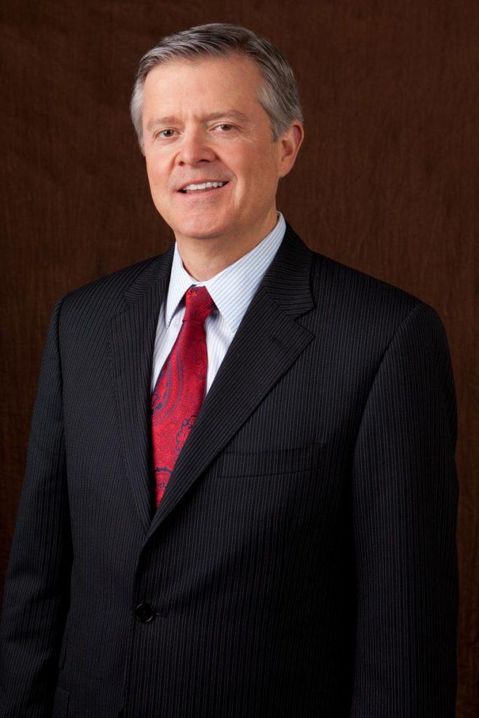 Truman Hunt, presidente y CEO de Nu Skin hasta el 2017