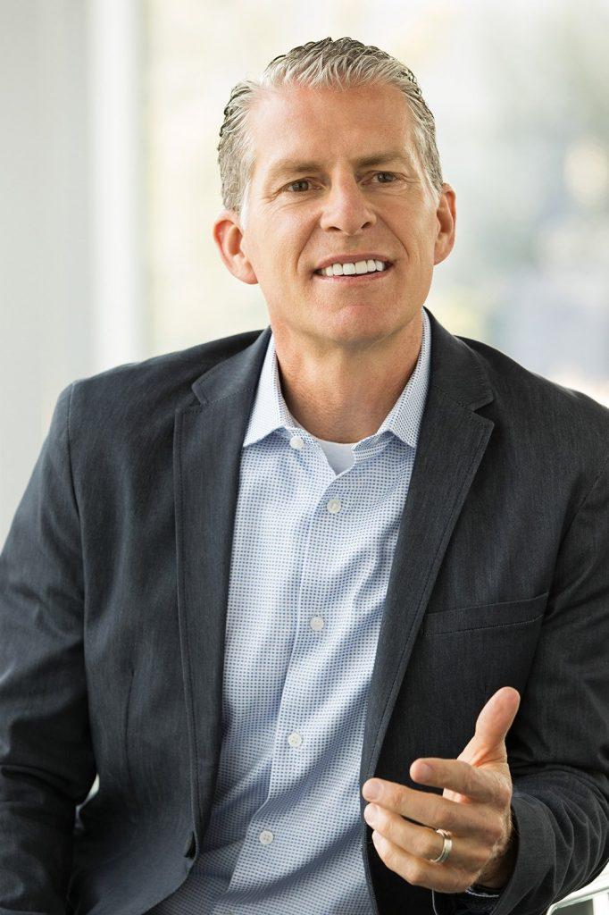 Ritch Wood, actual CEO de Nu Skin