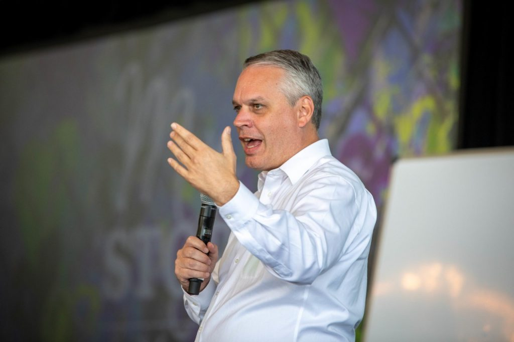 Russ Fletcher, Director General de Xyngular