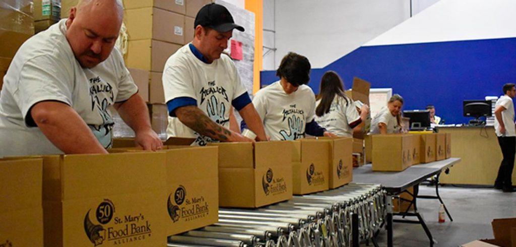 Asociación de Plexus con el St. Mary's Food Bank.