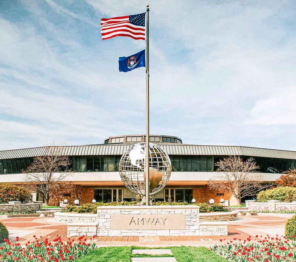 Sede mundial de Amway en Ada, Michigan