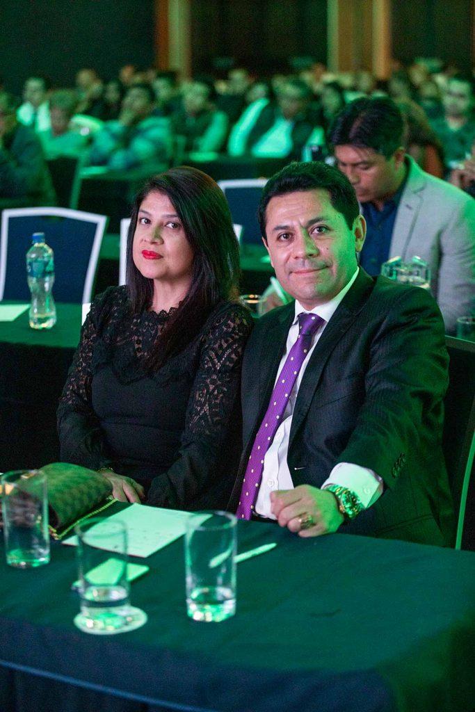 Diego Cajigal y su esposa Lizbet Fonseca