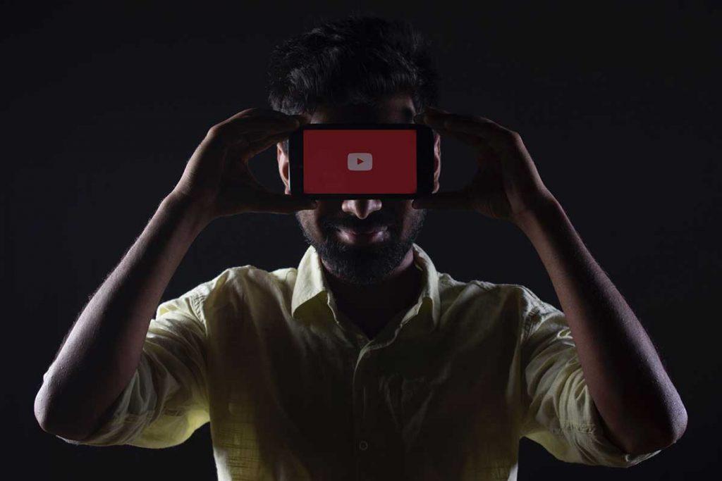 YouTube es otra plataforma en la que deberías estar.